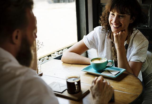 Asistir conversaciones en ingles